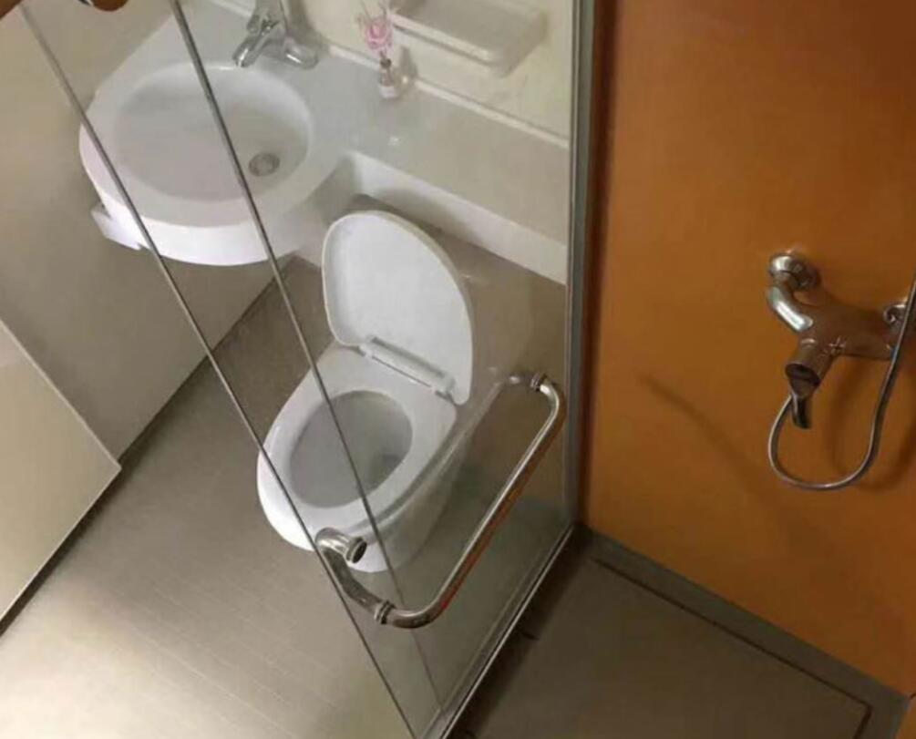 整体卫生间